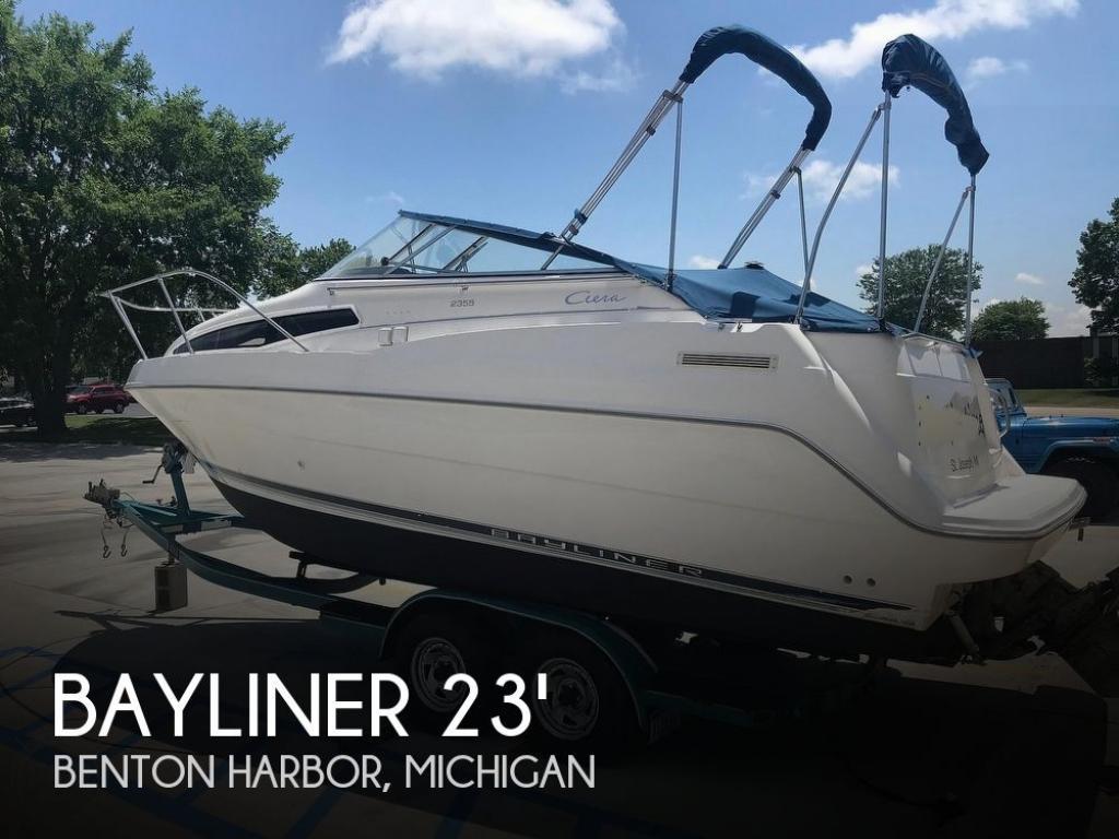 For Sale: 1998 Bayliner CIERA 2355 Sunbridge - $12,000 at Benton Harbor, MI