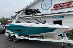 2019 Malibu 22 LSV