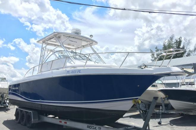2004 Pro Line 30 Walkarround - For Sale at West Palm Beach, FL 33401 - ID 173223