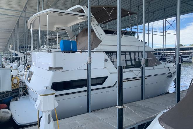 1989 Carver 38 Aft Cabin - For Sale at Osage Beach, MO 65065 - ID 177127