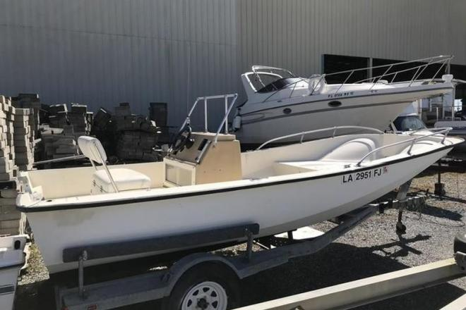 1981 Mckee Craft 17 Center Console HULL & TRAILER ONLY - For Sale at Marrero, LA 70072 - ID 152782