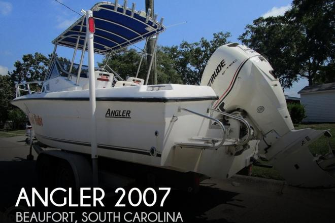 2001 Angler 220 WA - For Sale at Beaufort, SC 29906 - ID 177546