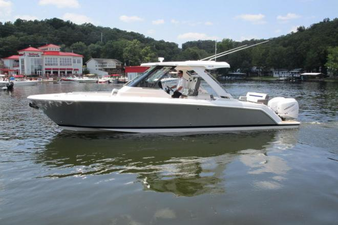2020 Tiara 34LS Luxury Sport - For Sale at Osage Beach, MO 65065 - ID 169936