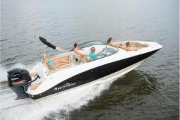 2020 Nautic Star 243 DC