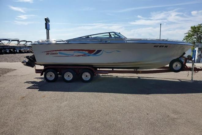 1988 Four Winns 261 Liberator - For Sale at Coopersville, MI 49404 - ID 177576