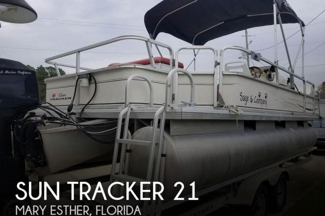2004 Sun Tracker 21 Fishing Barge Signaure Series - For Sale at Mary Esther, FL 32569 - ID 170589