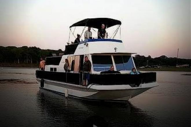 1984 Chris Craft Aqua Home 46 - For Sale at Grapevine, TX 76051 - ID 129126