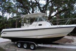 2001 Boston Whaler Outrage