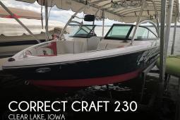 2008 Correct Craft Super Air-Nautique 230
