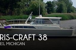 1970 Chris Craft 38 Commander Sedan