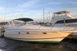 1999 Chris Craft 320 Express
