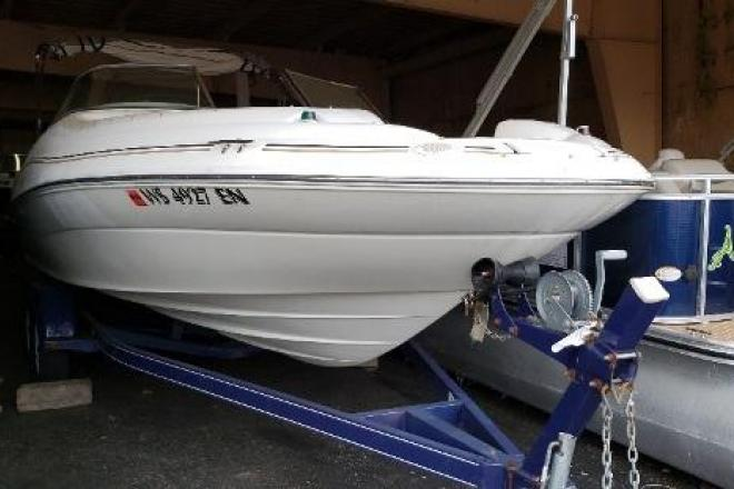 1998 Sea Ray 210 SUNDECK - For Sale at Pewaukee, WI 53072 - ID 171107