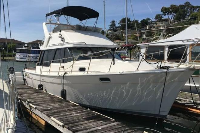 1989 Bayliner 3288 Diesel Motor Yacht - For Sale at San Rafael, CA 94901 - ID 192593