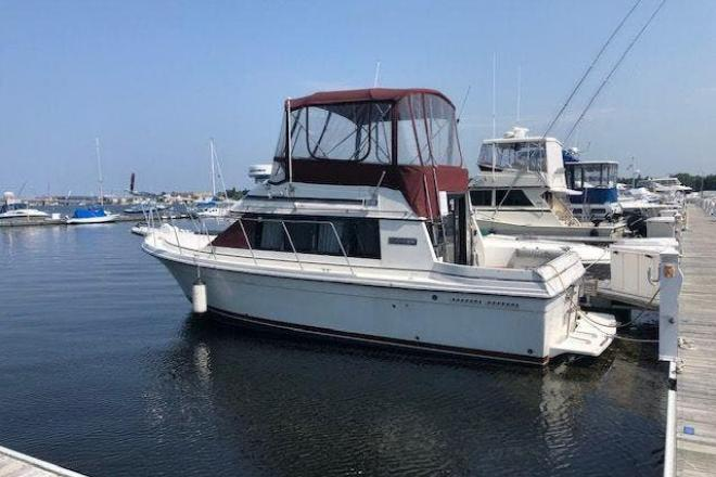 1986 Carver 2827 VOYAGER - For Sale at Sturgeon Bay, WI 54235 - ID 163723