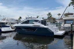 2020 Cruisers 46CANTIUS