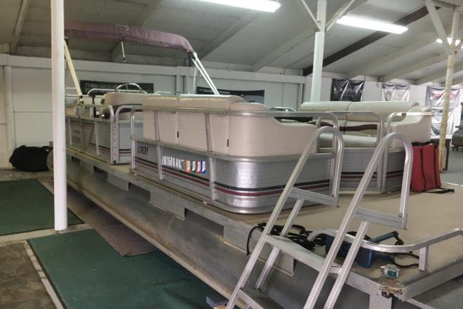 1989 Playbuoy Yachtsman - For Sale at La Porte, IN 46350 - ID 193944