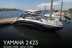 2014 Yamaha 242S