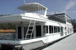 2008 Fantasy Custom Houseboat