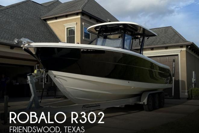 2017 Robalo R302 - For Sale at Friendswood, TX 77546 - ID 195950