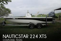 2015 Nautic Star 224 XTS
