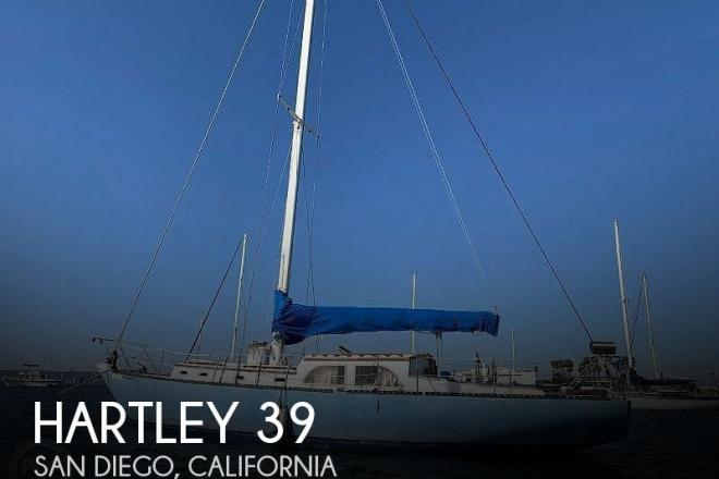 1982 Hartley 39 - For Sale at San Diego, CA 92107 - ID 179707