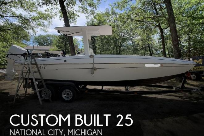 2013 Custom Built 25 Center Console - For Sale at National City, MI 48748 - ID 59839