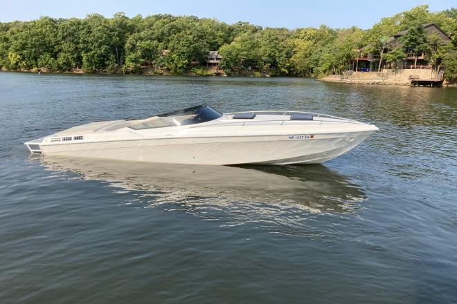 1984 Wellcraft Scarab II - For Sale at Village of Four Seasons, MO 65049 - ID 198436
