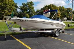 2004 Sea Ray 185 Outboard Sport