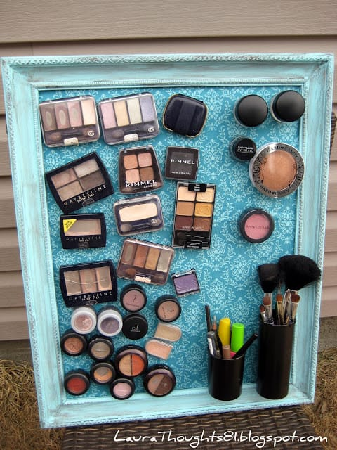 magnet makeup board bathroom organisation idea
