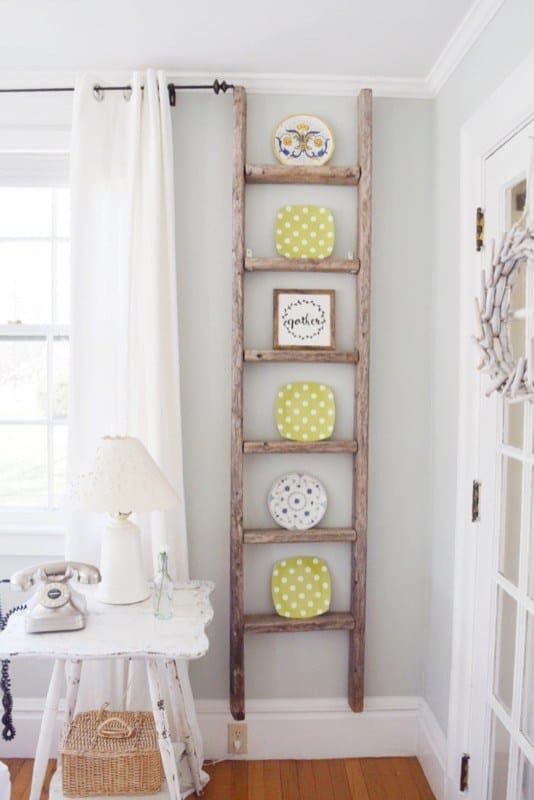 10 simple diy farmhouse home decor ideas you must try for Decor ladder house