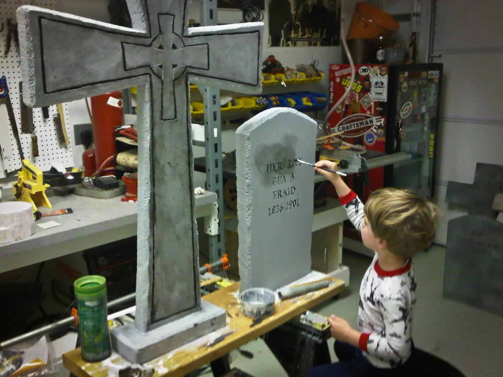 diy tombstone