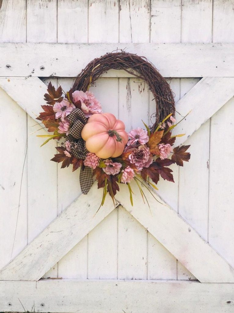 Dusty rose wreath for the fall
