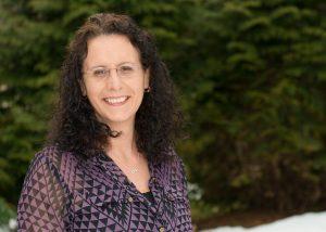Interview with Author – Jennifer Deschanel