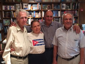 Author-at-book-reading-Coral-Gables-March-2014