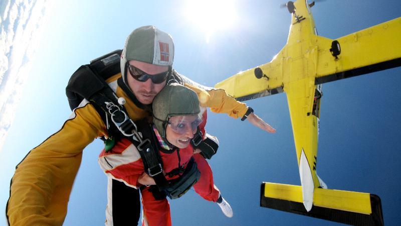 9,000 ft Tandem Skydive - Taupo Tandem Skydiving - Epic
