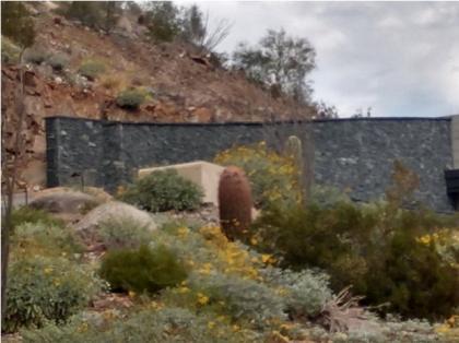 Block Fence of Phoenix