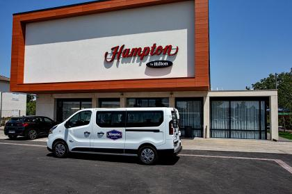 Hampton by Hilton Toulouse Airport Shuttle