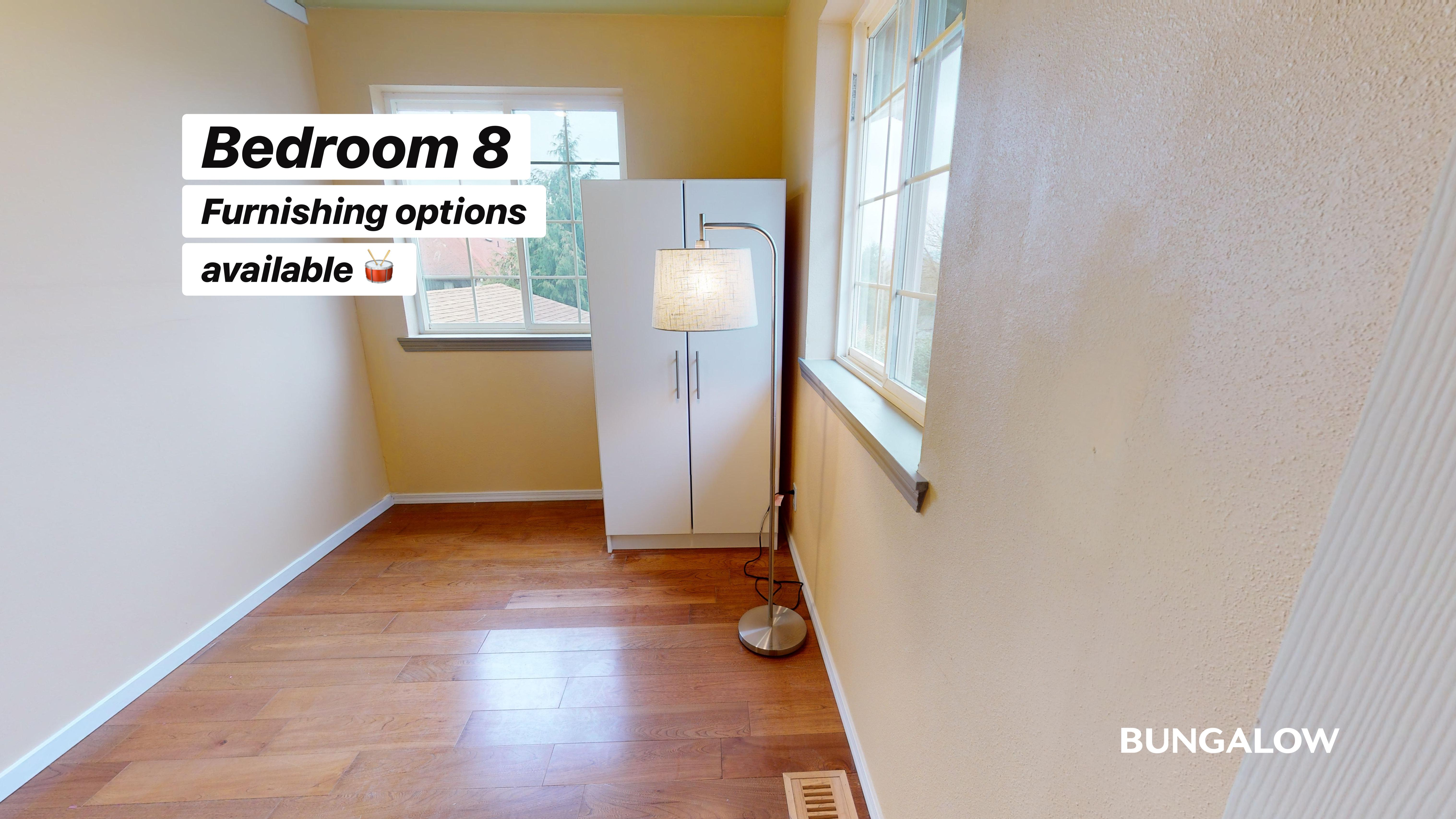 Private Bedroom in Spacious Beacon Hill Home with Fenced Backyard