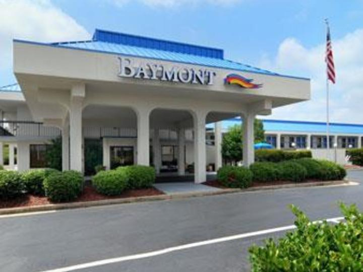 Baymont Inn and Suites Macon I 75