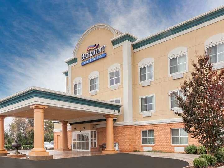 Baymont Inn and Suites Huntsville Airport Madison