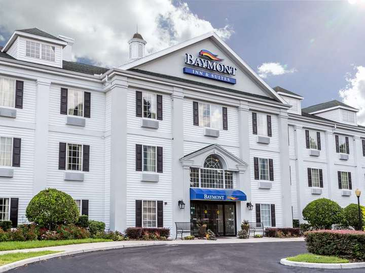 Baymont Inn and Suites Lakeland