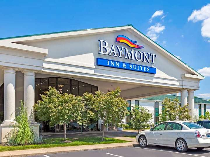 Baymont Inn and Suites Louisville Airport South