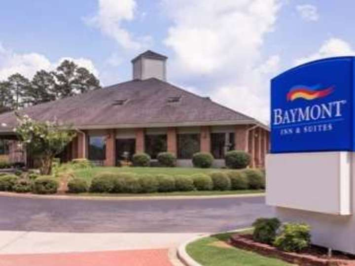 Baymont Inn and Suites LaGrange