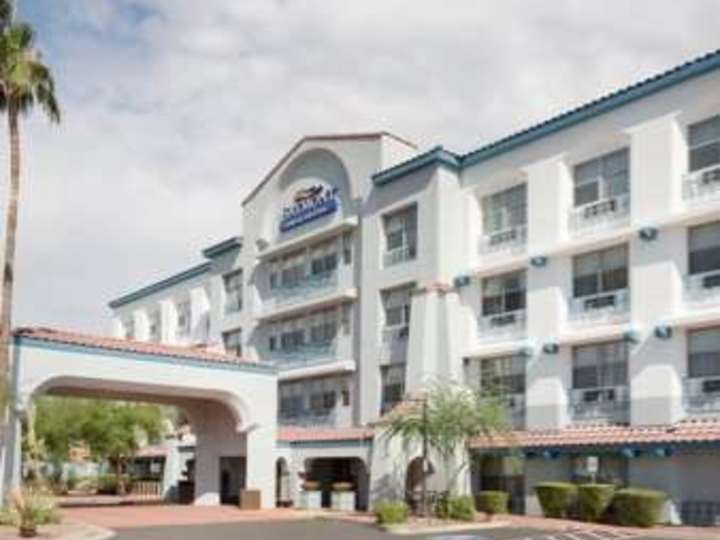 Baymont Inn and Suites Tempe Scottsdale