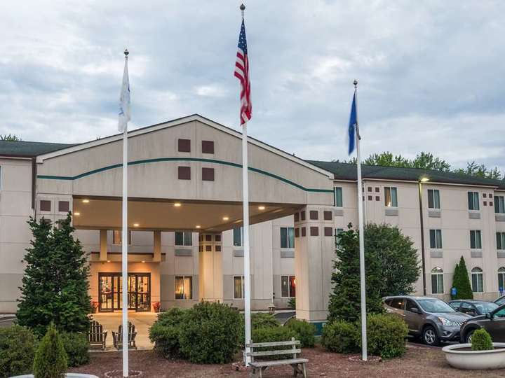 Baymont Inn and Suites Manchester   Hartford CT