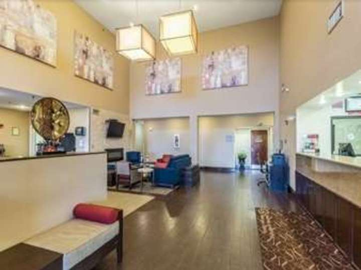 Baymont Inn and Suites Cordova Memphis