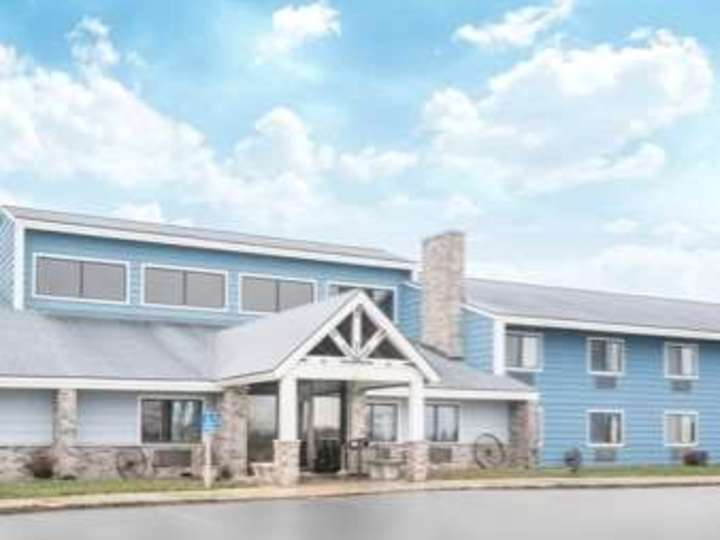 Baymont Inn and Suites Kasson Rochester Area