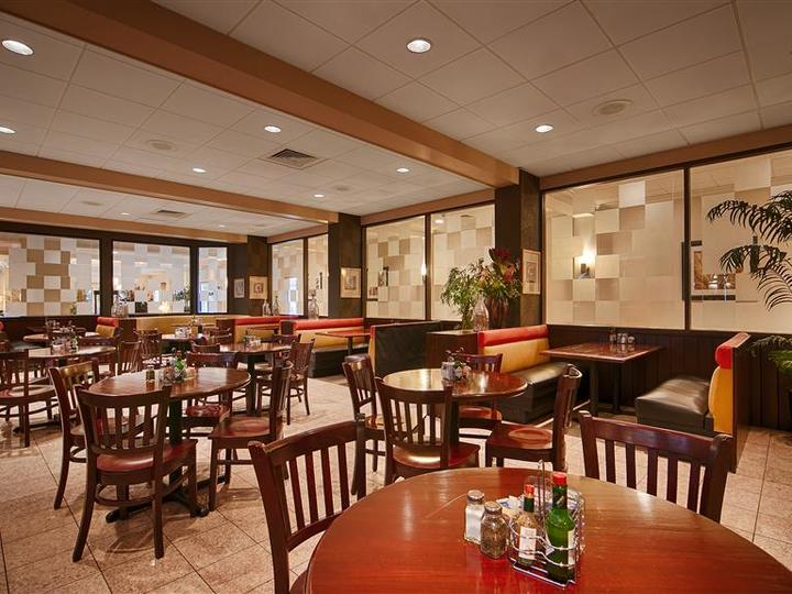 Best Western Plus Tucson Int l Airport Hotel and Suites