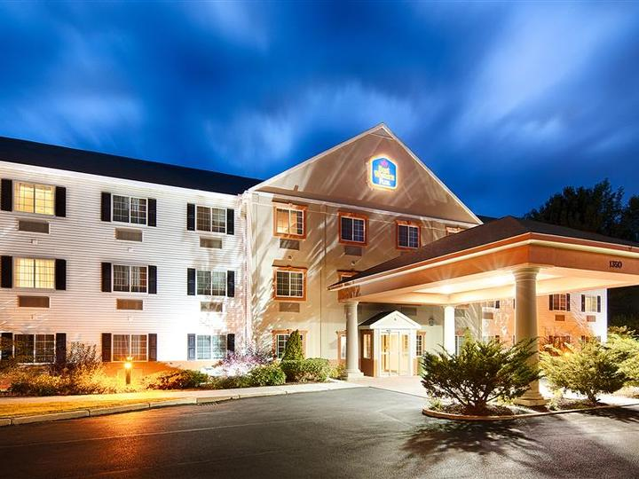 Best Western Plus Berkshire Hills Inn and Suites