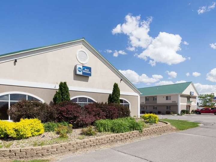 Best Western Pioneer Inn and Suites